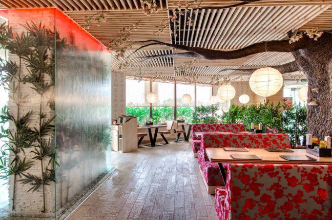 Ресторан «Желтое Море» на Днепровской Набережной