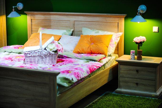 Магазин HOMSTER в ТРЦ Art Mall - мебель для спальни