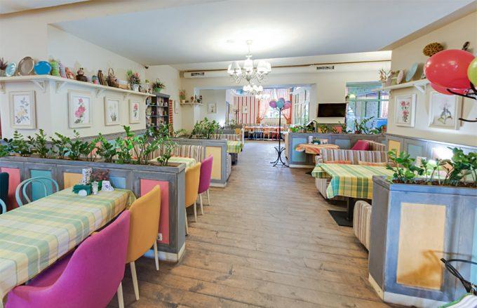 Pesto Café на Русановке - интерьер