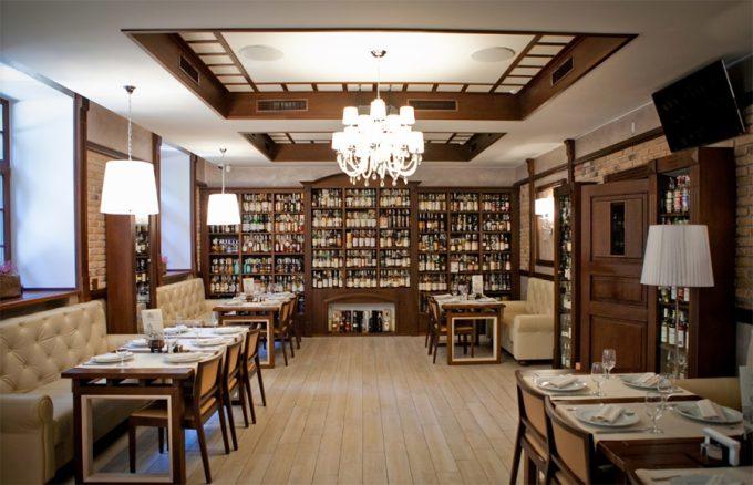 Ресторан WHISKY CORNER - интерьер
