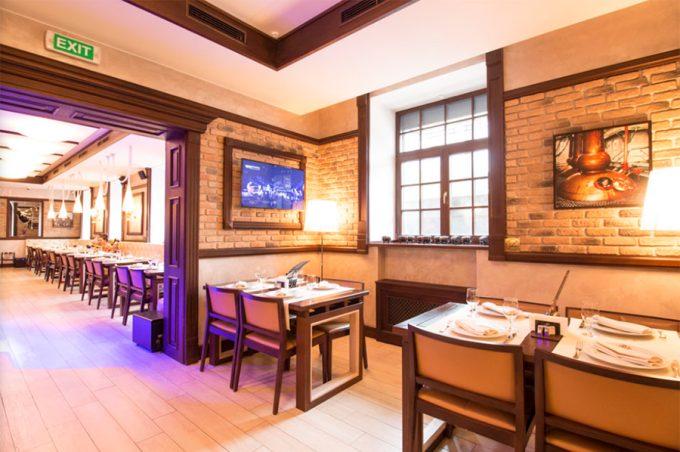 Ресторан WHISKY CORNER - атмосфера