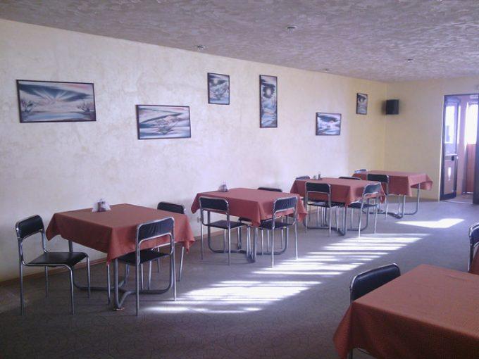 Пиццерия Белиссима на Левом берегу - интерьер зала