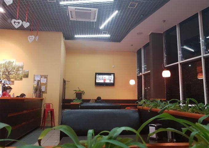 Пиццерия Fan-Pizza на Л.Курбаса - интерьер