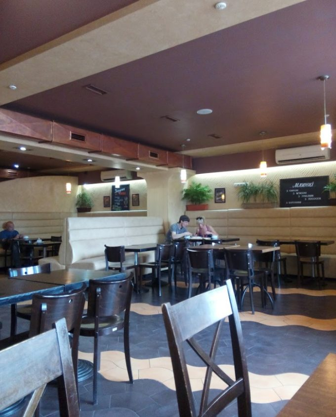 Ресторан Grillitza на м. Нивки - интерьер