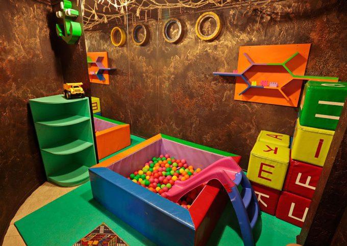 Ресторан Mafia на Крещатике - детская комната