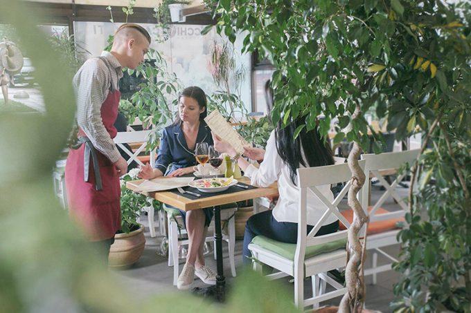 Ресторан Montecchi Capuleti - летняя терраса