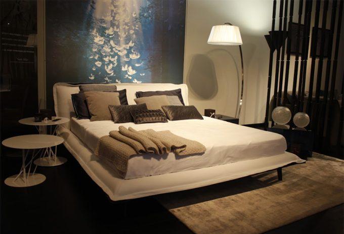 Мебельный салон NATUZZI - кровати