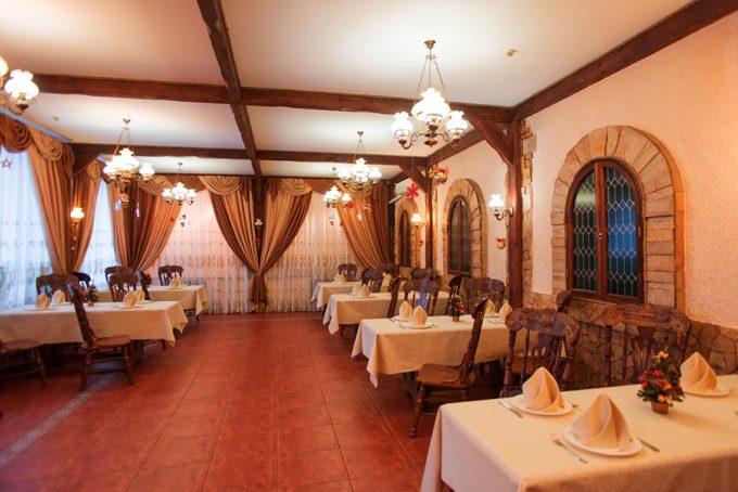 Пиццерия San-Marino - интерьер