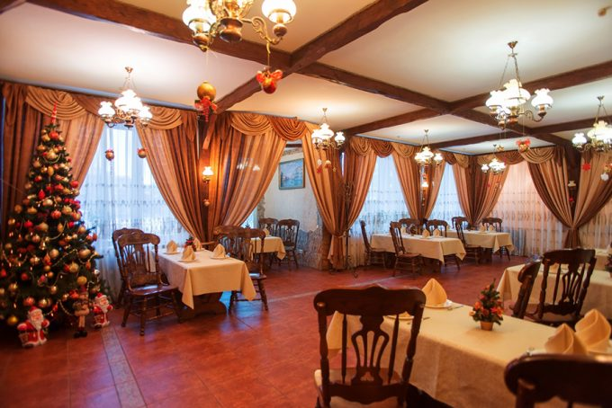 Пиццерия San-Marino - интерьер, Бархатный зал